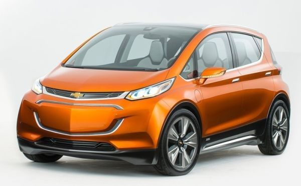 2017 Chevrolet Bolt Small and Simple for your Girlfriend