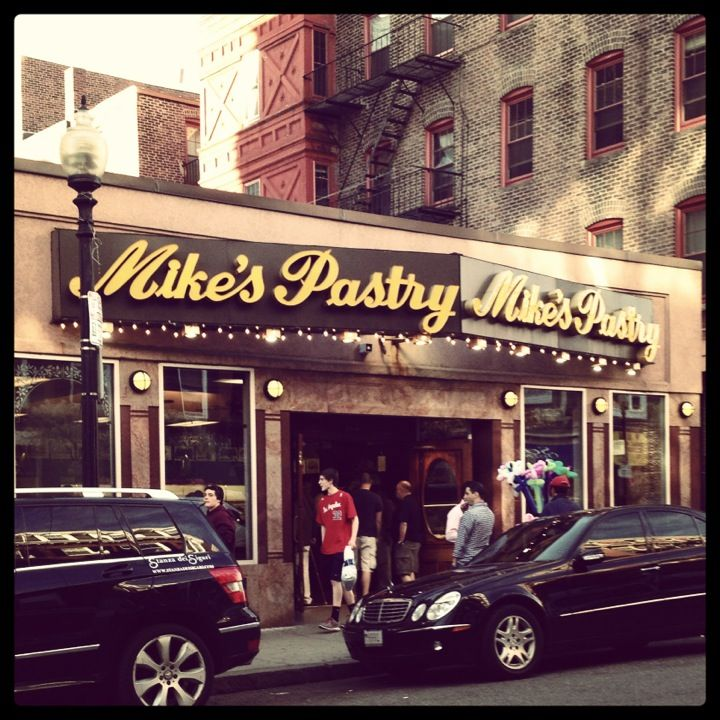 Mike's Pastry in Boston, MA