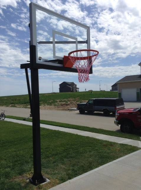 "Looking for a great mid-size basketball hoop? The PROformance Hoops PROforce 554 is a perfect choice. With a 54"" x 36"" on a 5"" square pole, the PROforce 554 provides exceptional fun for the entire family. With a height-adjustable backboard from 7'5"" to 10', and offering a 3/8"" tempered glass backboard, this goal will help you rise to the challenge for home basketball play."
