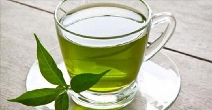 Pozrite sa, čo dokáže spraviť jedna šálka zeleného čaju s vaším telom