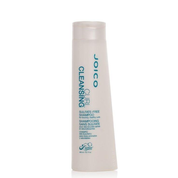 Joico Curl Cleansing Shampoo gir nytt liv til bølgete og krøllete hår, uten å tynge eller redusere hårets naturlige fuktighet. Shampooen inneholder ikke sulfater.