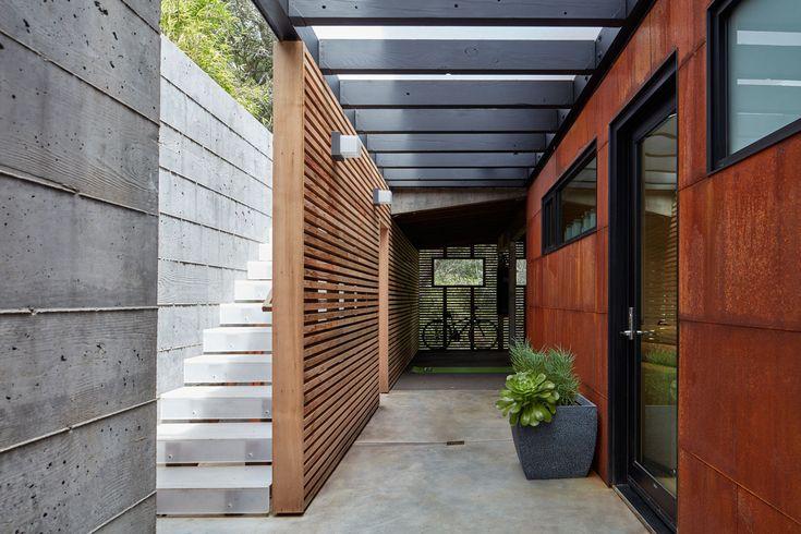 Gallery of Tamalpais Residence / Zack deVito Architecture + Construction - 15