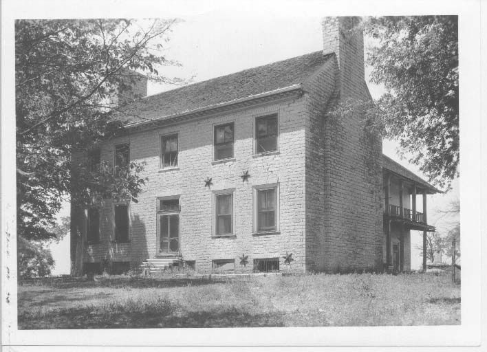 Cragfont was the home of General James Winchester, tragic commander during the War of 1812.  Located on the old Cumberland Trace in Sumner County, TN, it has had numerous ghost sightings.  See Chapter 18 of Ghosts and Haunts of Tennessee: http://www.booksamillion.com/p/Ghosts-Haunts-Tennessee/Christopher-K-Coleman/9780895873897?id=5826563501315