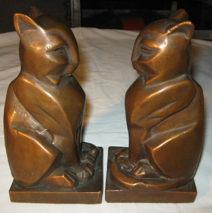 1000 images about bookends on pinterest modern bookends vintage globe and rare antique - Gothic bookends ...