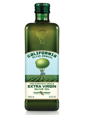 I really like this label, I was going to buy this bottle at the store because I was attracted to the label. I like the bold large text for EXTRA VIRGIN it emphasizes label and helps it stand out from a distance. Plus the green colors stand out and combine with the green bottle well.
