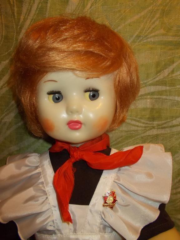 Куклы СССР Марина в школьной форме 8 Марта 70е гг.