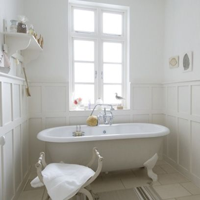 country-style bathrooms