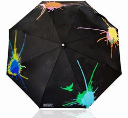 color changing umbrella ~ rain water splats various colors as it hits - I so want this!