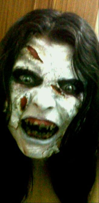 Maquillaje niña del exorcista