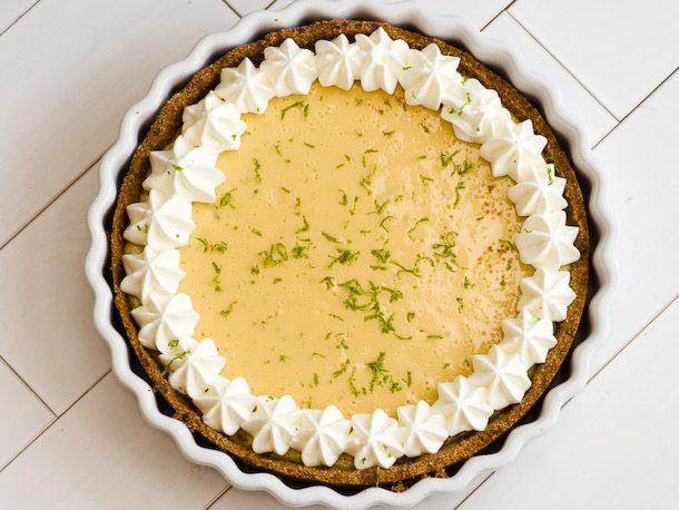 Roomie requested key lime pie for his bday.. No idea where to buy those in Chicago!