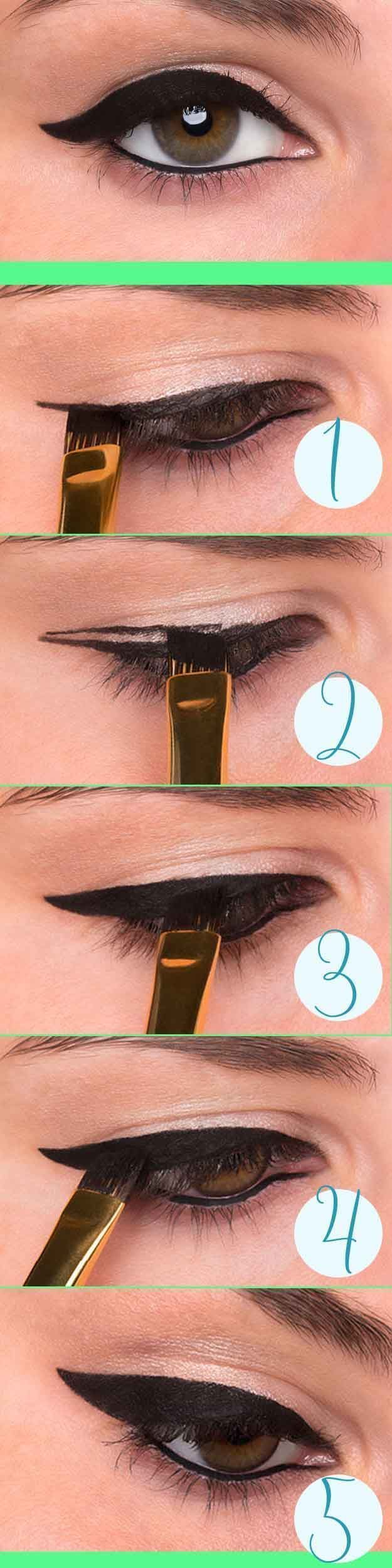 25 Must Know Eyeliner Hacks -How to Do Winged Eyeliner -Winged Looks and Easy Makeup Tricks and Guides for Liquid Pencil and Gel Styles. Step by Step Tutorials with Pictures using Tape or a Spoon thegoddess.com/eyeliner-hacks #wingedlinereasy #wingedlinerhacks