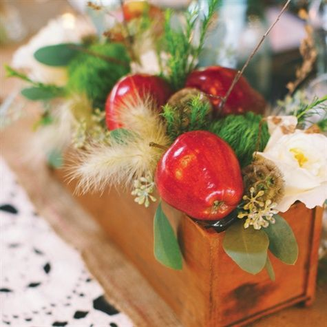 Apples Centerpieces by Elegant Blooms (IL?)