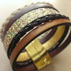 Bracelet manchette multirang en cuir doré