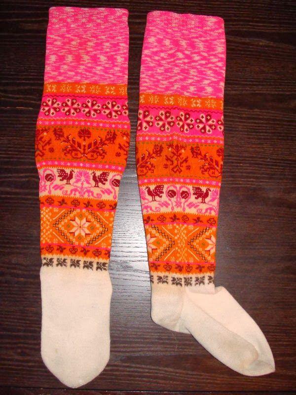 FolkCostume&Embroidery: 18th - 19th cent. Costume and handwork of Muhumaa, Muhu Island, Estonia