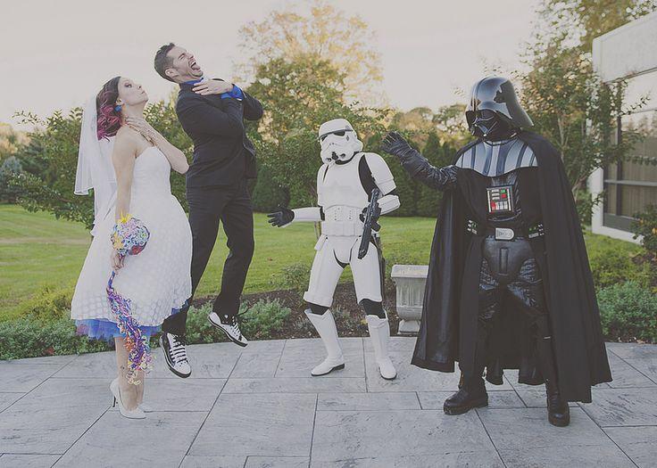 Giovanna U0026 Jonathanu0027s Colorful Gamers And Costumes Wedding. Star Wars ...