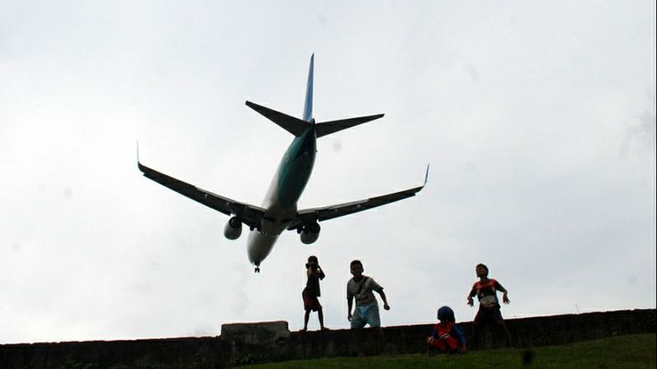 Playing on the Edge Airport