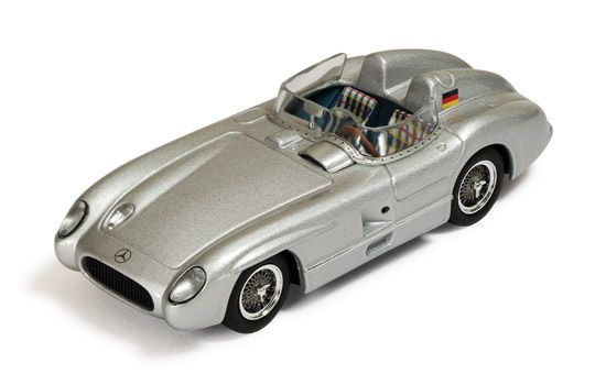 IXO 1:43 Mercedes Benz 300 Diecast Model Car CLC269 This Mercedes Benz 300 SLR (1955) Diecast Model Car is Silver and has working wheels and also comes in a display case. It is made by IXO and is 1:43 scale (approx. 10cm / 3.9in long).  #IXO #ModelCar #MercedesBenz