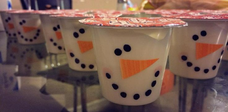 Snowman pudding cup