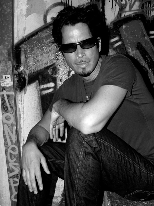 Chris Cornell, sexiest man in rock and roll!!