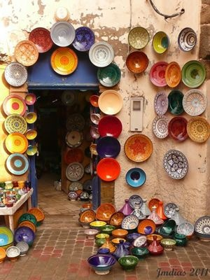 Essaouira is lined with shops like this one. The city speciallizes in silverware tho. Bought some super cool bracelets.