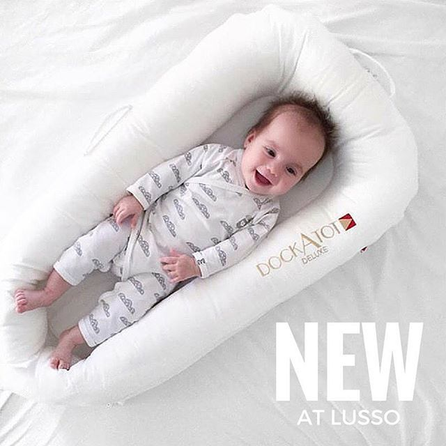 New to Lusso: Now available for preorder, the DockATot Deluxe dock is the ultimate docking station for your baby ages 0-8 months old. It offers a safe and comfy spot that lets baby rest, lounge, play, cuddle, do tummy time and get diaper changes. Lightweight and portable with additional covers are available to match your mood, room and style. Designed with love in Sweden and made in Europe! Pre-order now at www.lussobaby.ca.  #dockatot #instababy #naptime #newmom #newparents #babyshop…