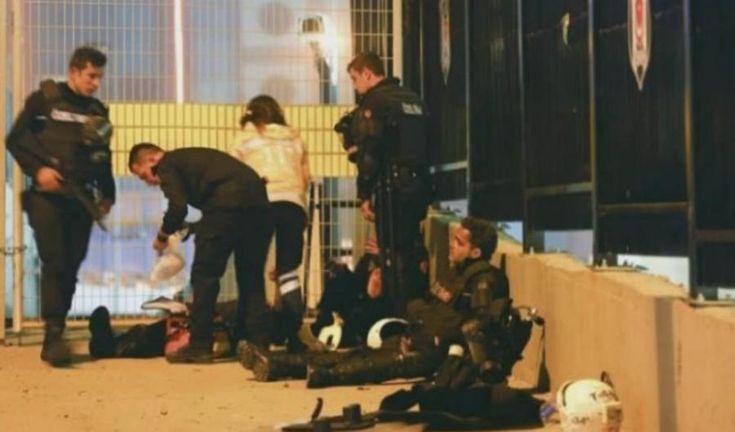 Más secciones Internacional Al menos 38 muertos y 155 heridos en un doble atentado junto al estadio de fútbol del Besiktas turco