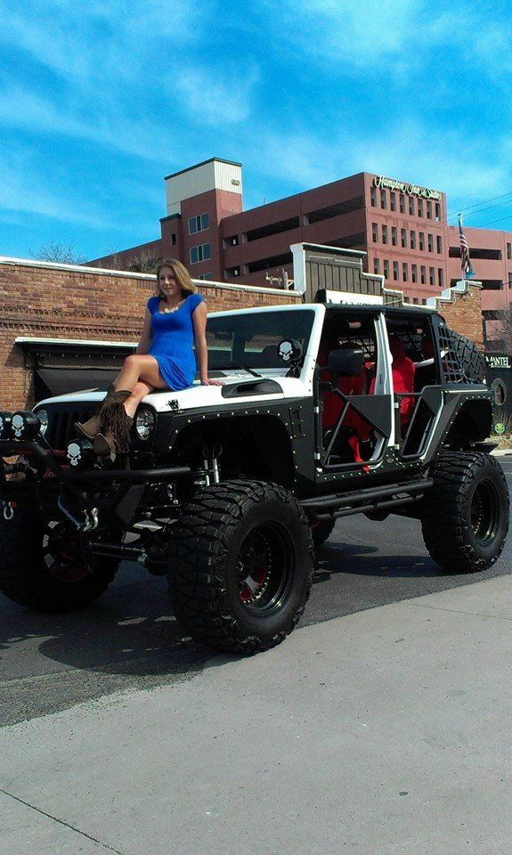 Lifted Jeeps For Sale >> Black & White Jeep JKU | Jeep | Pinterest | The o'jays, Love and Love the