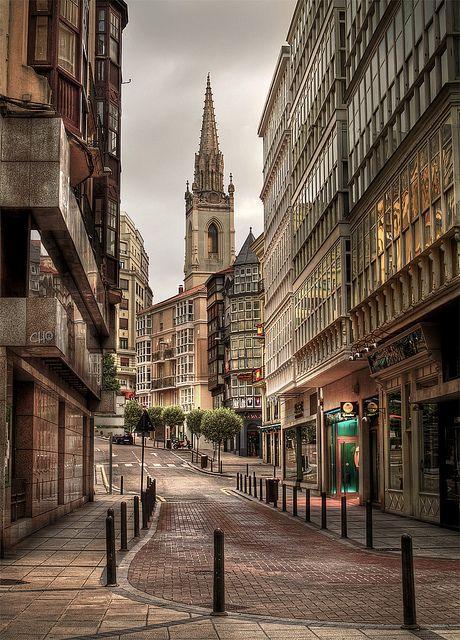 Calle San José en Santander, Cantabria, Spain (by Chus Rodriguez).