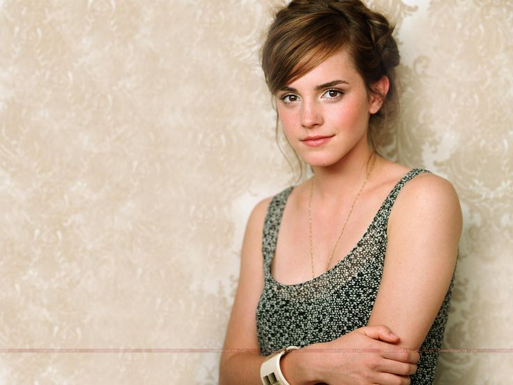 NICE WALLPAPERS Emma Watson mini biography and beautiful wallpaper