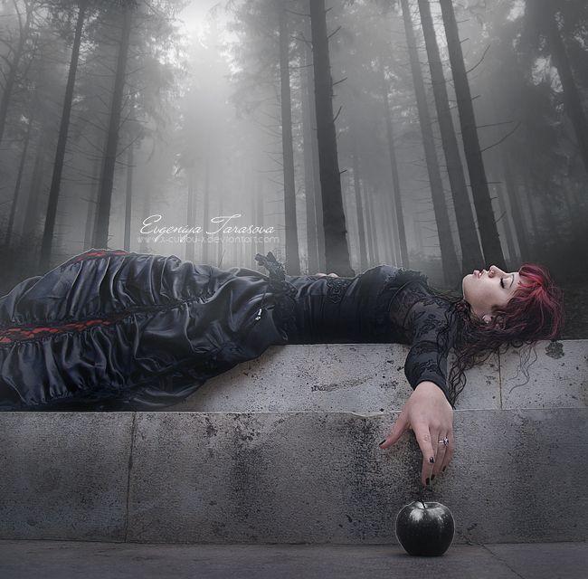 Snow White by x-Cubbu-x on deviantART