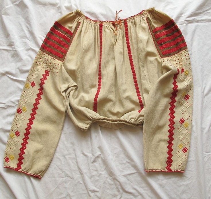 Antique Blouse - Eastern European Ukrainian/Romanian 'Ruthenian'  Blouse Hand Embroidered Handspun