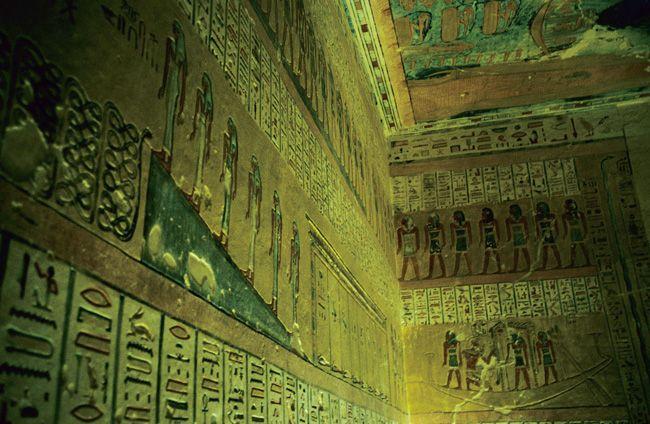 Pharaonengräber im Tal der Könige im Ägypten Reiseführer http://www.abenteurer.net/2362-aegypten-reisefuehrer/