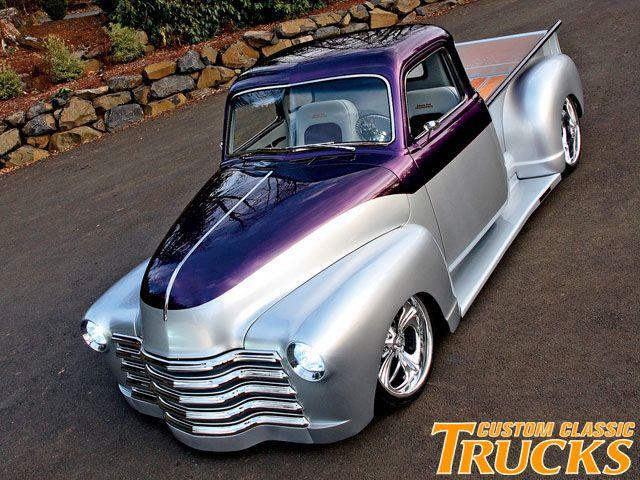 0901cct_04_z+2009_classic_trucks_buyers_guide+two_tone_chevy_truck.jpg (640×480)