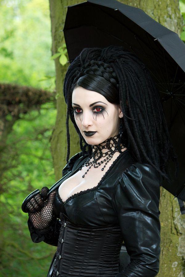 Cosplay   Gothic Girls...