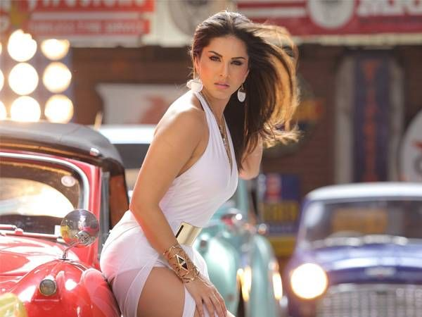 5 times Sunny Leone set the screen on fire
