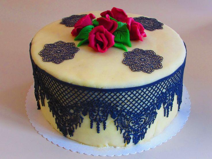 35 best torten kuchen dekorationen images on pinterest for Torten dekorationen
