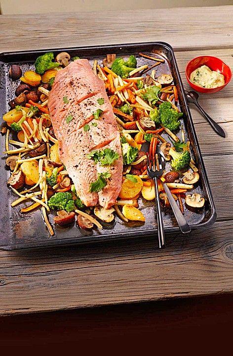 Lachs vom Blech, ein schönes Rezept aus der Kategorie Gemüse. Bewertungen: 99. Durchschnitt: Ø 4,4.