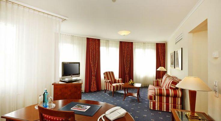 Hotel Ramada Plaza Berlin City Centre, Germany - Booking.com