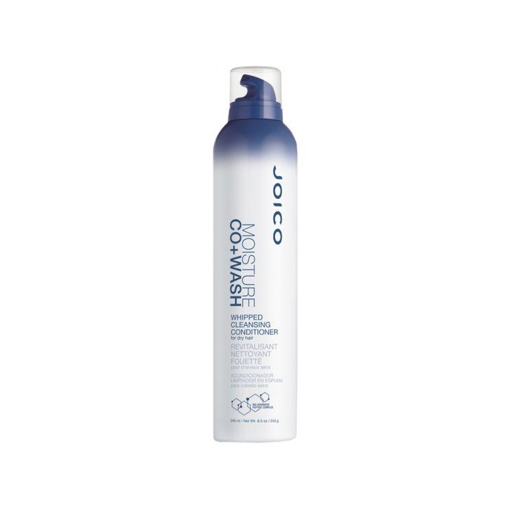 Die JOICO Co+Washes sind reinigende Conditioner. Sie reinigen das Haar sanft, ohne ihm seine natürliche  Feuchtigkeit zu entziehen. Sie sind kein 2-in-1 Shampoo! Das Haar wird griffiger und die Haarfarbe hält länger, Locken sehen unsagbar  gesund aus, glänzen, sind gepflegt und frizzfrei.