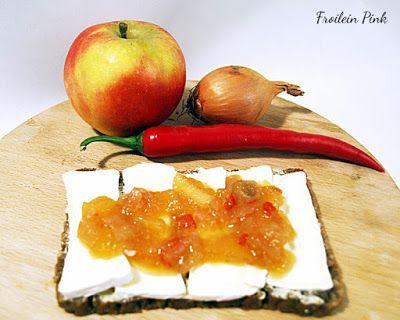 Zauberhaftes Küchenvergnügen: Apfel-Zwiebel Chutney mit Chili