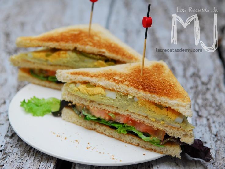 "Sandwich vegetal con ""Dip de pollo"" / Vegetal sandwich with ""Dip of chicken"""