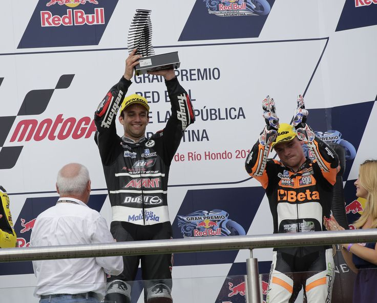 In the Argentina GP Johann Zarco centers the victory and Sam Lowes is on the podium with him, in the third place.