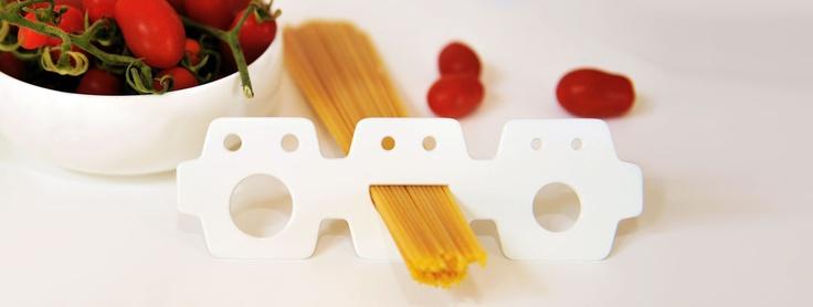 A smile for the right dose of spaghetti - Lettera G