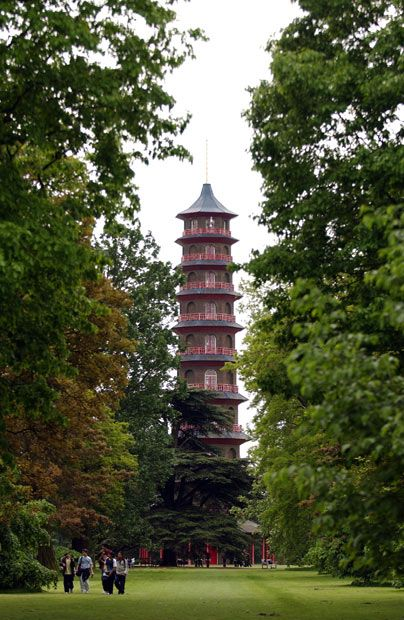 Richmond, London   The Pagoda at The Royal Botanic Kew Gardens   It was completed in 1762. The ten-storey octagonal structure is 163 ft high    (nearly 50 m).  There have been several restorations, mainly to the roofs,    but the original colours and the dragons have not been replaced though the    question of replica dragons was discussed in 1979.  When the Pagoda was    completed in 1762 it was the tallest reconstruction of a Chinese building in    Europe.