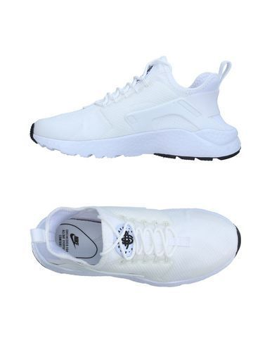 NIKE Women's Low-tops & sneakers White 8 US http://feedproxy.google.com/fashionshoes11