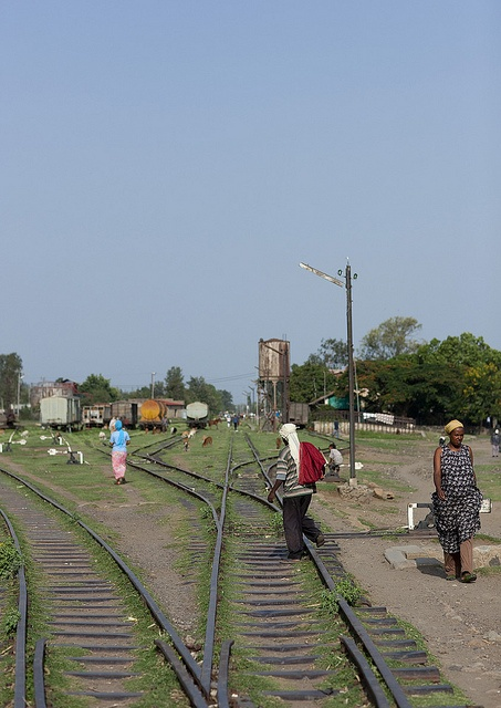 how the food gets transported, Nazret train station, Ethiopia