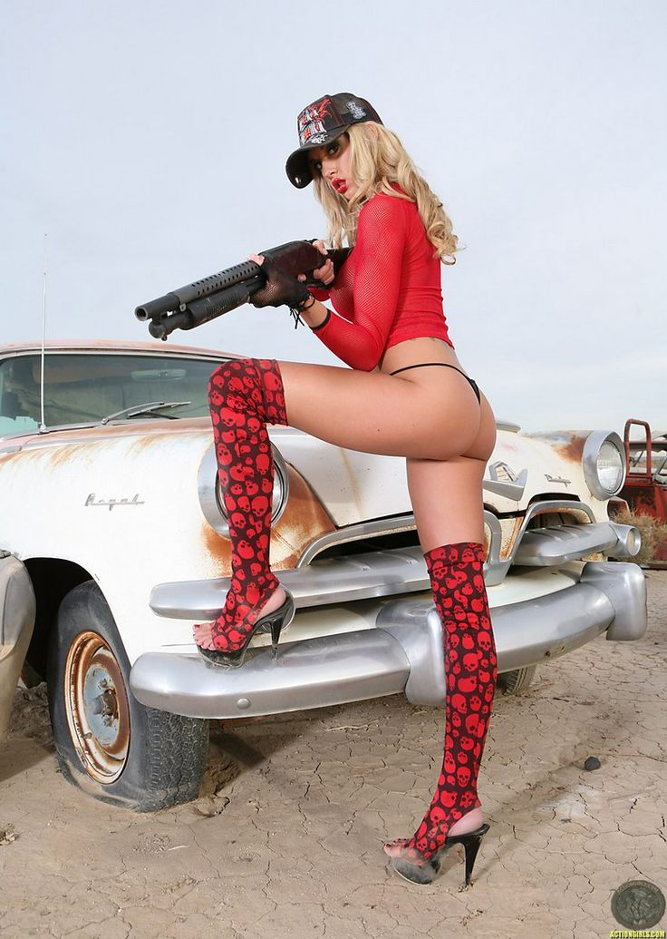 the-sexy-girl-with-toy-guns-teen