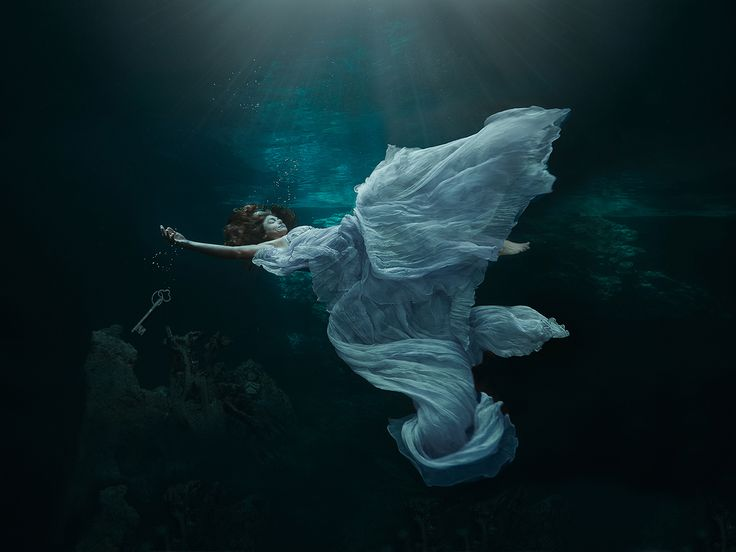 """Leaving All the Secrets"" —  Photographer/Designer/Headpiece/Props: Lucie Drlikova, Model: Cristina Zenato"