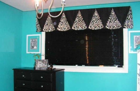 turquoise zebra bedroom | Teen zebra bedroom - Bedroom Designs - Decorating Ideas - HGTV Rate My ...