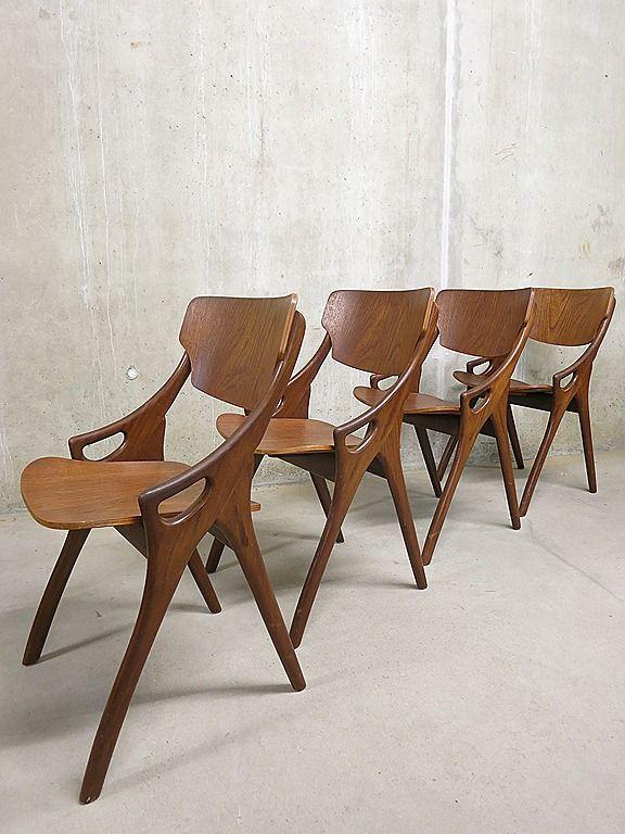 Deense vintage design H.Olsen eetkamer stoelen www.bestwelhip.nl